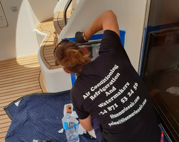 marine-air-conditioning-installation